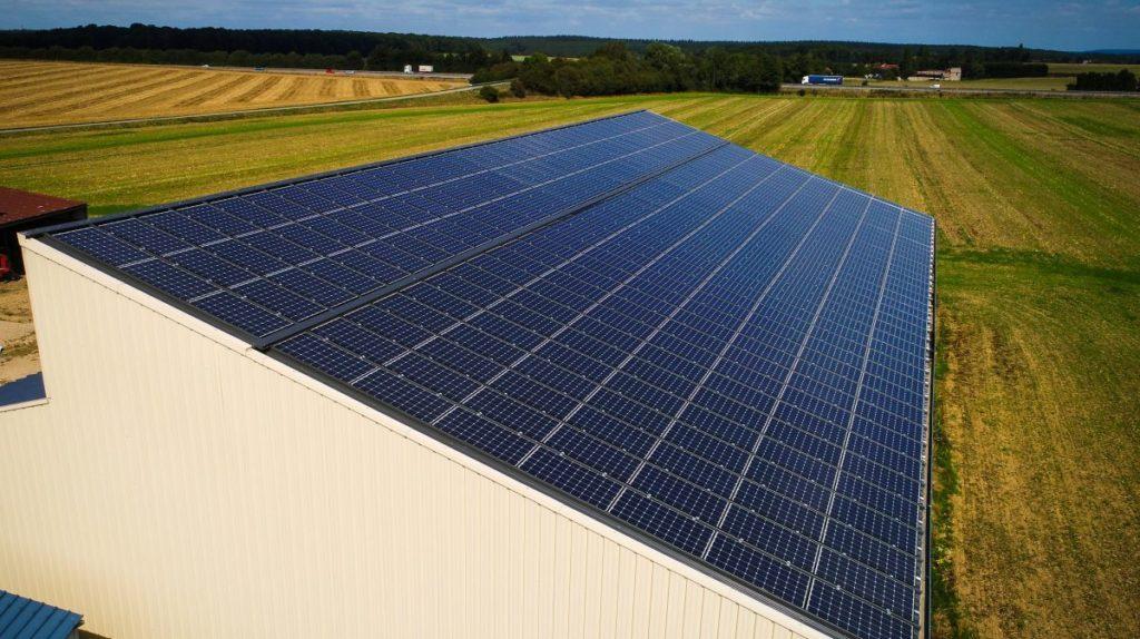 panneau solaire photovoltaique sur batiment agricole en Côte d'Or 21 en région Bourgogne
